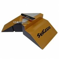 Фигура для скейтпарка Sbego + фингерборд 9933